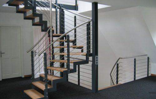 Wir planen, bauen und montieren Ihre Wunschtreppe!